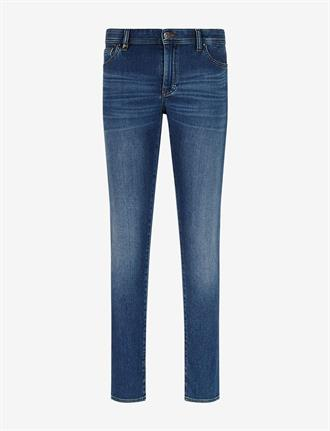 Armani Exchange Blauwe jeans. slim fit model