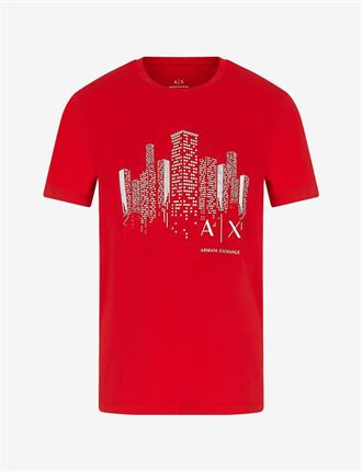 Armani Exchange Rode t-shirt van Armani Exchange met wolkenkrabbers.